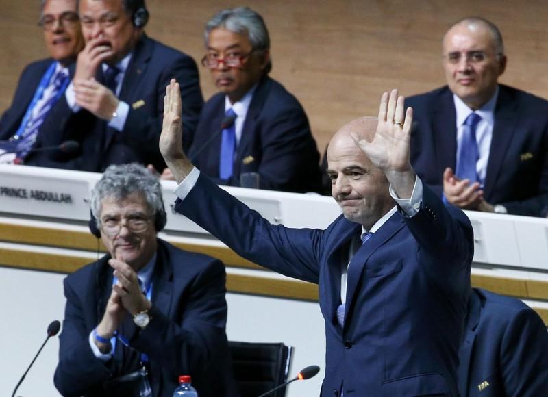 Sepp Blatter: 'Gianni đủ phẩm chất tiếp tục công việc của tôi' - ảnh 1