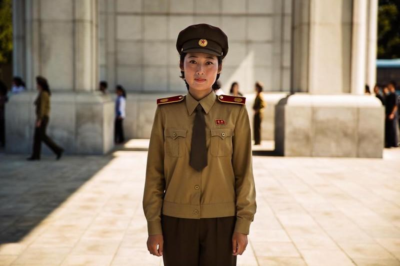Ngắm vẻ đẹp mộc mạc của phụ nữ Triều Tiên - ảnh 12