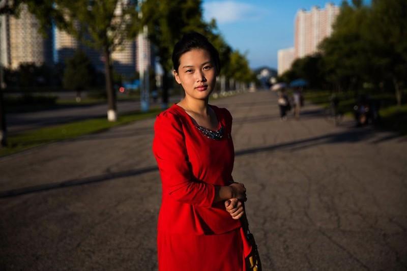Ngắm vẻ đẹp mộc mạc của phụ nữ Triều Tiên - ảnh 15