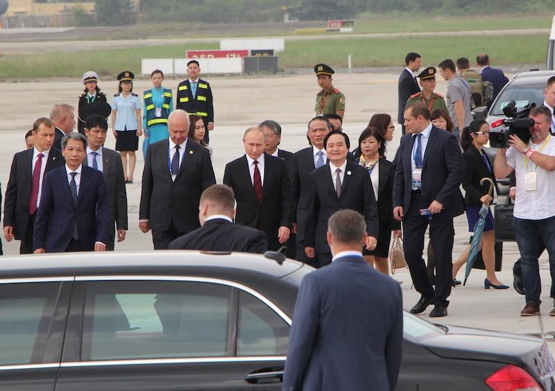 Chuyên cơ chở Tổng thống Putin đã đáp xuống Đà Nẵng - ảnh 4