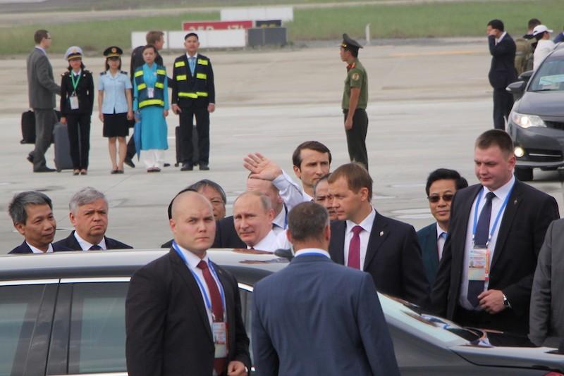Chuyên cơ chở Tổng thống Putin đã đáp xuống Đà Nẵng - ảnh 5