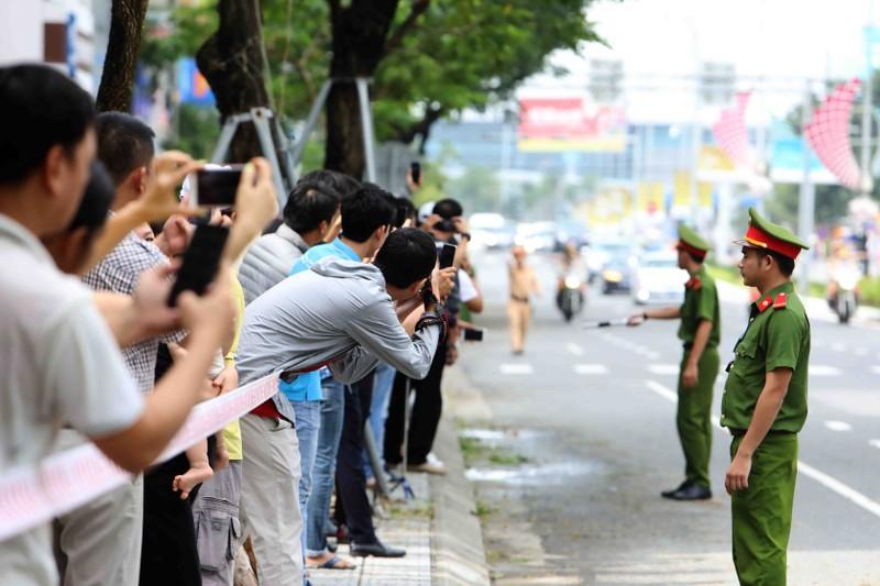 Chuyên cơ chở Tổng thống Putin đã đáp xuống Đà Nẵng - ảnh 10