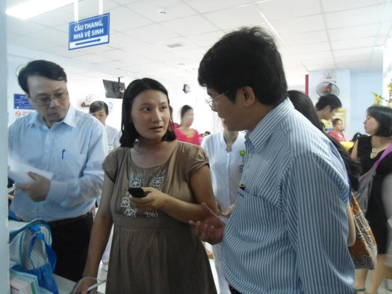 Bộ Y tế kiểm tra đột xuất nhiều bệnh viện ở TP.HCM - ảnh 1