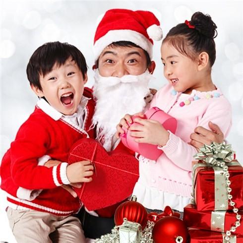 Tranh thủ làm giàu bằng đủ loại dịch vụ mùa Noel - ảnh 1