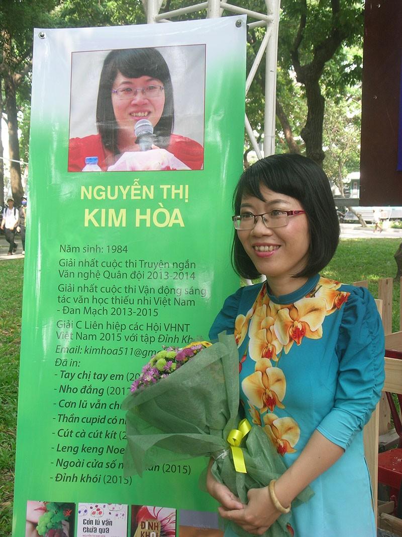 Nhà văn trẻ Kim Hòa: Hoa xương rồng vững chắc giữa sa mạc - ảnh 9
