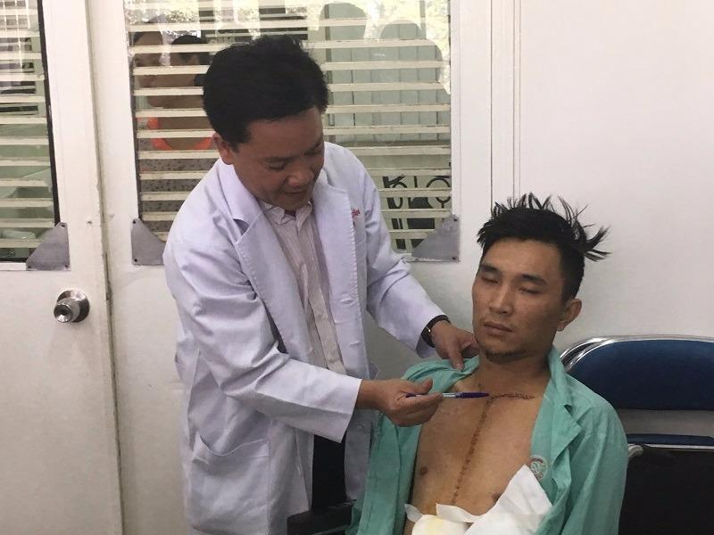 Bệnh nhân Minh Hoàng sau khi qua cơn nguy kịch tại BV Chợ Rẫy TP.HCM