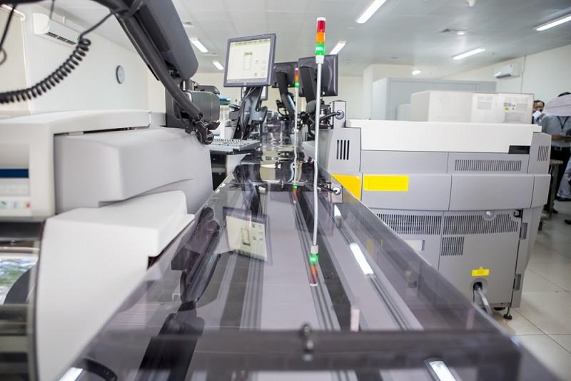 BV Chợ Rẫy đưa vào sử dụng máy xét nghiệm tự động mới - ảnh 2