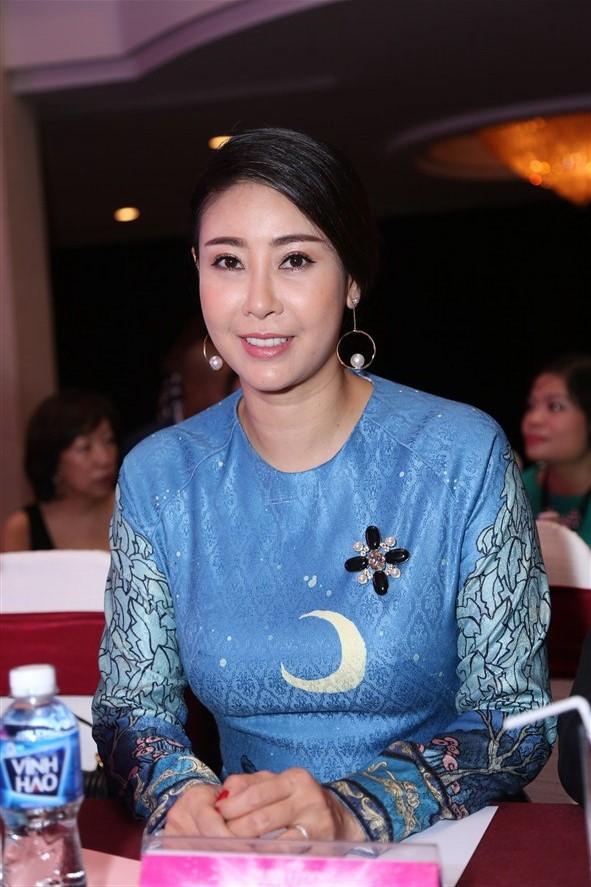 Tám hoa hậu, á hậu Việt Nam cùng đọ sắc - ảnh 3