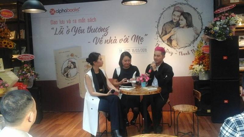 Thanh Duy idol ra mắt sách, Đường Sách đông nghẹt fan và sao - ảnh 8