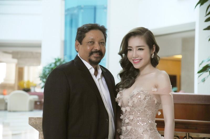 Elly Trần làm đại sứ ngày hội khinh khí cầu - ảnh 5