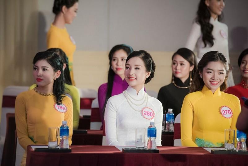 Truyền hình trực tiếp chung khảo phía Nam 'Hoa hậu Việt Nam 2016' - ảnh 1