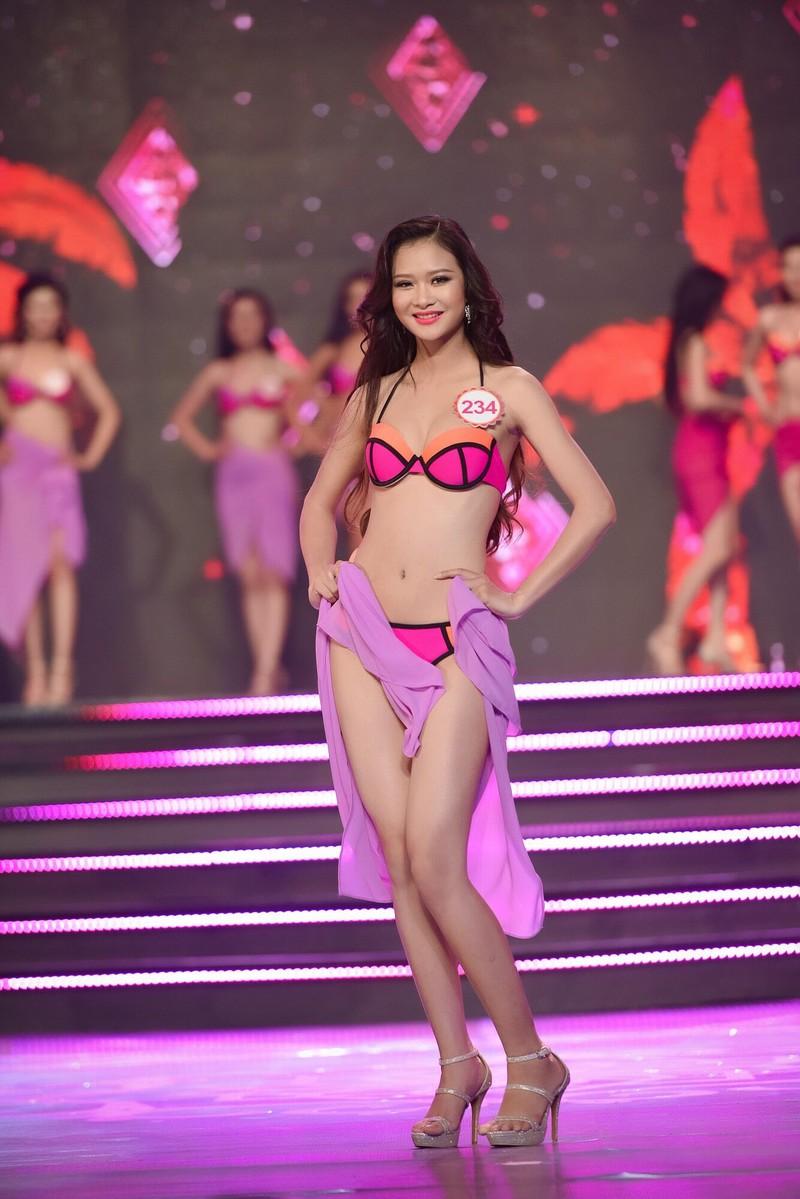 Thí sinh 'Hoa hậu Việt Nam 2016' quyến rũ ba vòng ở phần thi bikini - ảnh 8