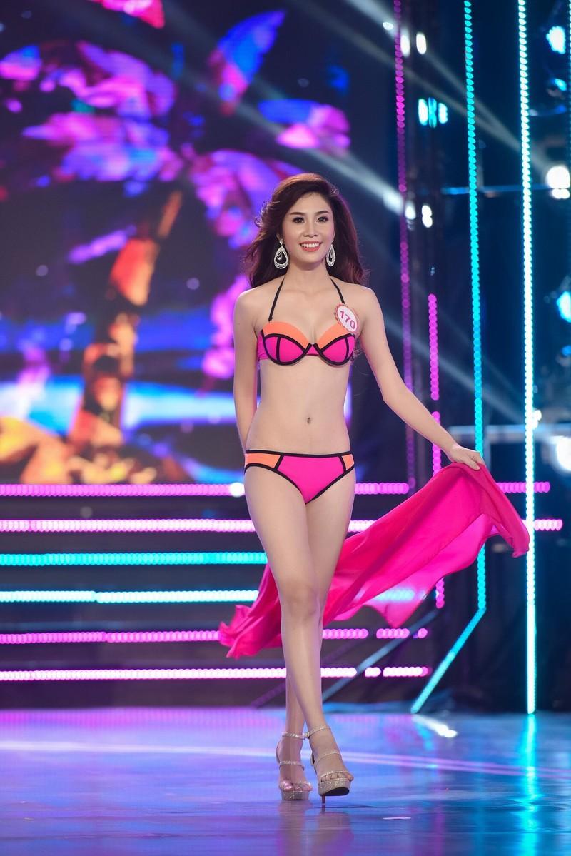 Thí sinh 'Hoa hậu Việt Nam 2016' quyến rũ ba vòng ở phần thi bikini - ảnh 14