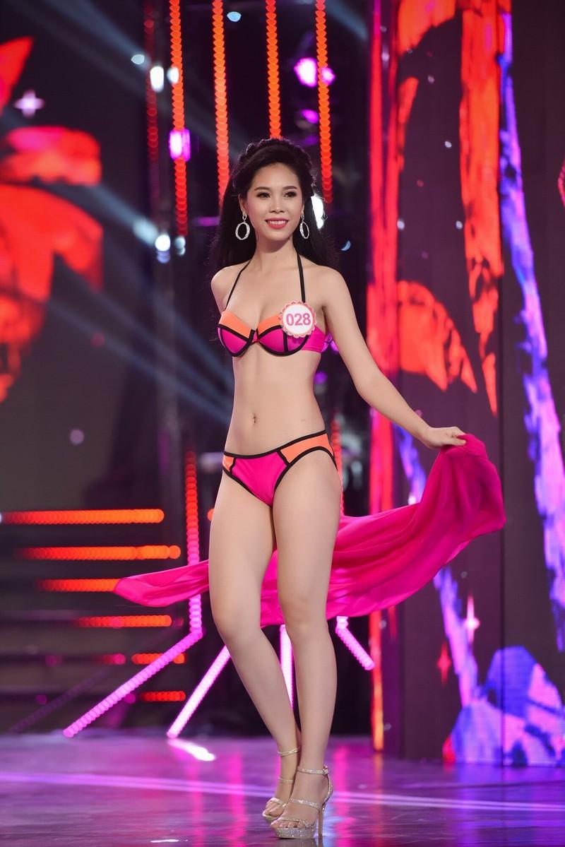 Thí sinh 'Hoa hậu Việt Nam 2016' quyến rũ ba vòng ở phần thi bikini - ảnh 20