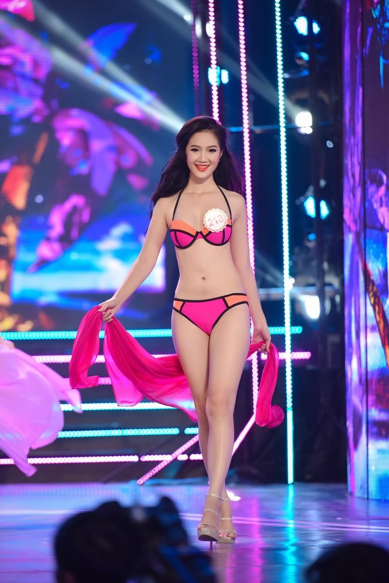 Thí sinh 'Hoa hậu Việt Nam 2016' quyến rũ ba vòng ở phần thi bikini - ảnh 22