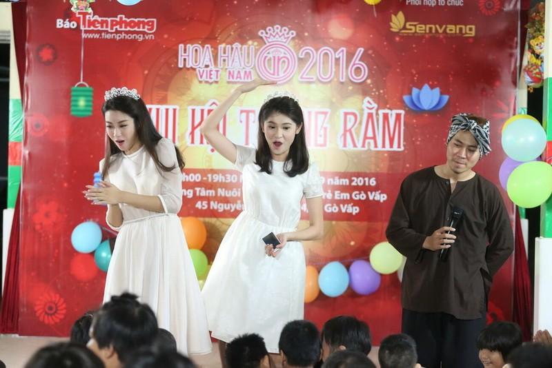 Tân hoa hậu, á hậu đàn hát vui Trung thu với trẻ bất hạnh     - ảnh 13