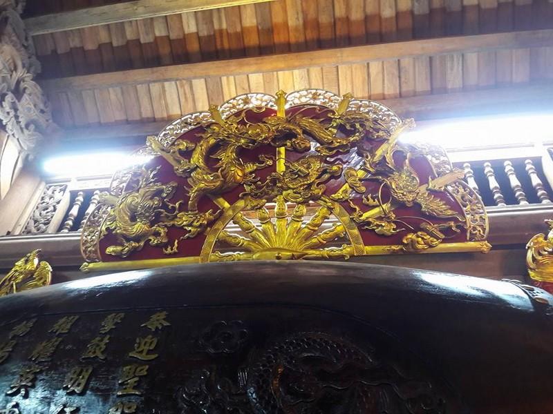 Chi tiết sự rực rỡ, đắt tiền khắp nơi ở nhà thờ Tổ của Hoài Linh  - ảnh 26