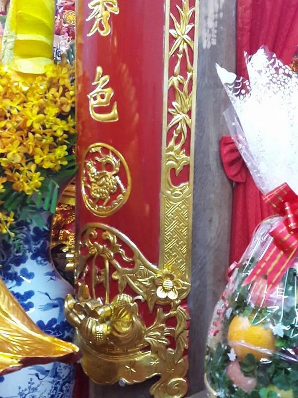 Chi tiết sự rực rỡ, đắt tiền khắp nơi ở nhà thờ Tổ của Hoài Linh  - ảnh 28