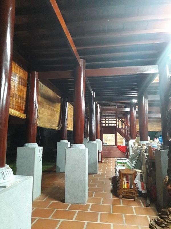 Chi tiết sự rực rỡ, đắt tiền khắp nơi ở nhà thờ Tổ của Hoài Linh  - ảnh 34