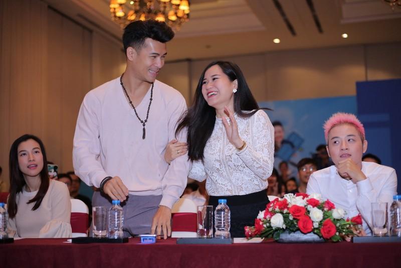 'Ơn giời cậu đây rồi!': Hồng Đào thay thế Việt Hương - ảnh 4