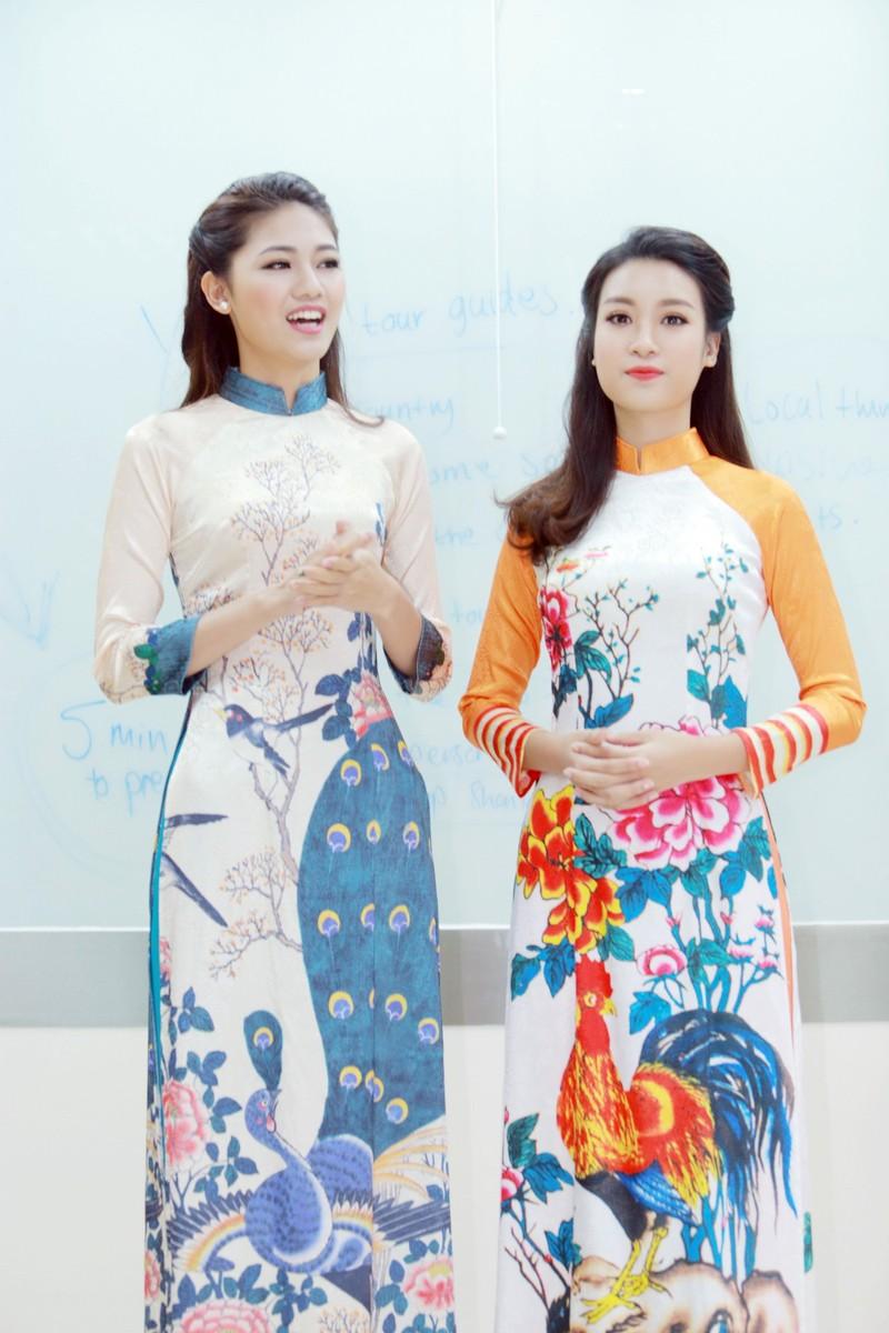 Mỹ Linh, Thanh Tú diện áo dài của hoa hậu Ngọc Hân - ảnh 1