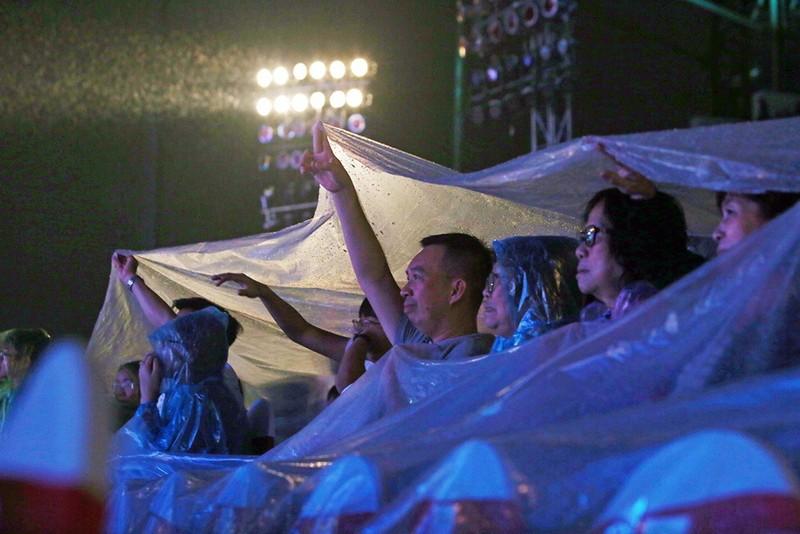 Liveshow Việt Hương: Sự trân trọng khán giả tuyệt vời  - ảnh 1