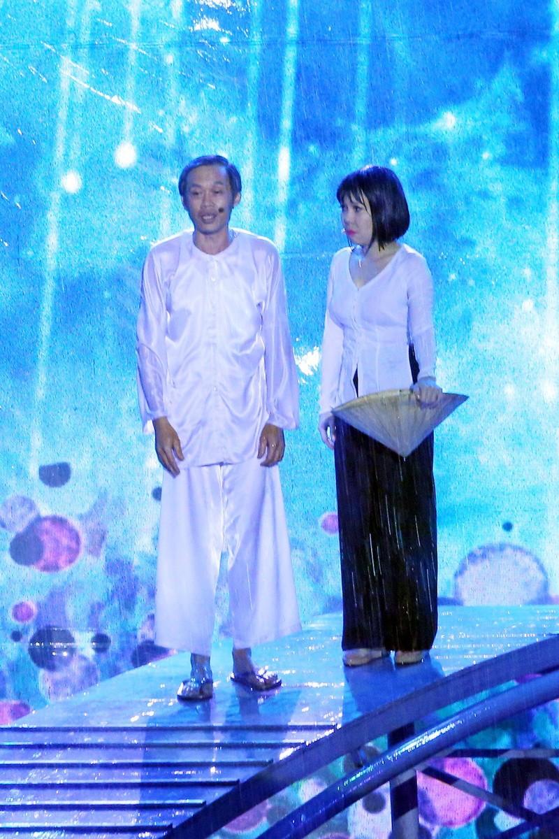 Liveshow Việt Hương: Sự trân trọng khán giả tuyệt vời  - ảnh 3
