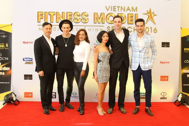 Sao tụ hội ở cuộc thi 'Người mẫu thể hình Việt Nam' - ảnh 2