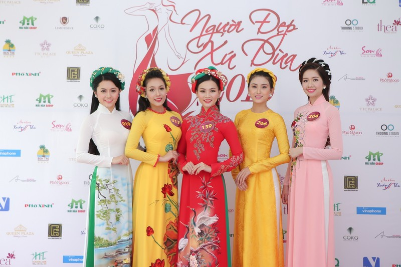 19 người đẹp 'Người đẹp xứ dừa 2016' chào sân TP.HCM - ảnh 1
