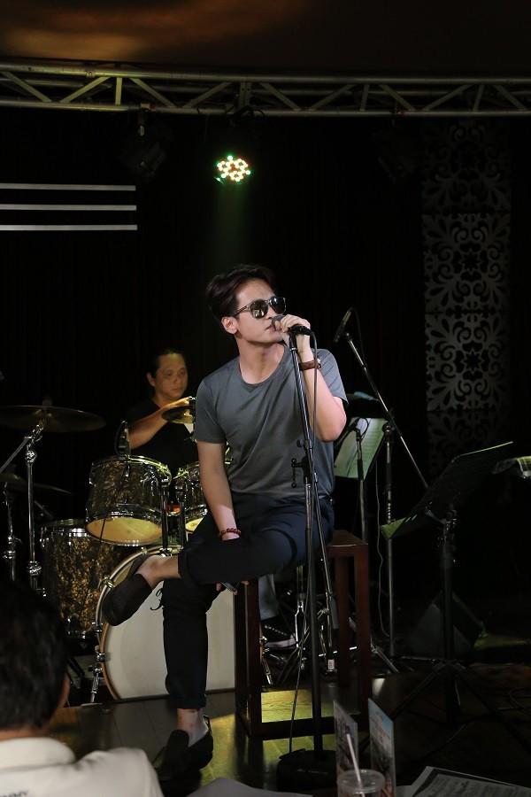 Quang Linh bất ngờ xuất hiện ở 'Duyên dáng Việt Nam 28' - ảnh 2