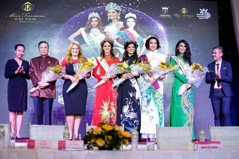 Người đẹp quốc tế ồ ạt đến 'Hoa khôi du lịch VN' - ảnh 1