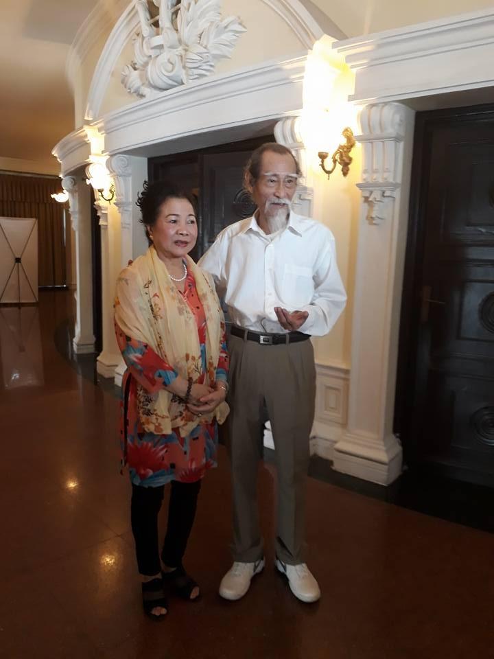 Kỳ nữ Kim Cương trao quà tết cho nghệ sĩ - ảnh 6