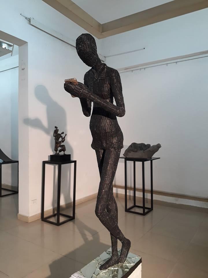 Điêu khắc trẻ trung, thời sự của ĐH Mỹ thuật TP  - ảnh 2