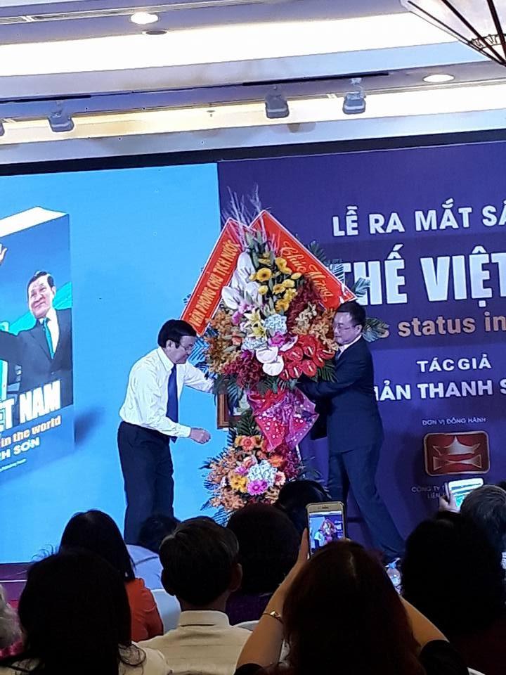Ấn tượng lễ ra mắt sách ảnh ông Trương Tấn Sang công du - ảnh 4