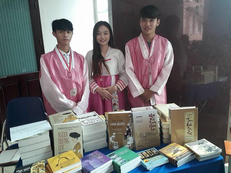 'Báu vật sống' của Hàn Quốc biểu diễn tại Việt Nam - ảnh 2