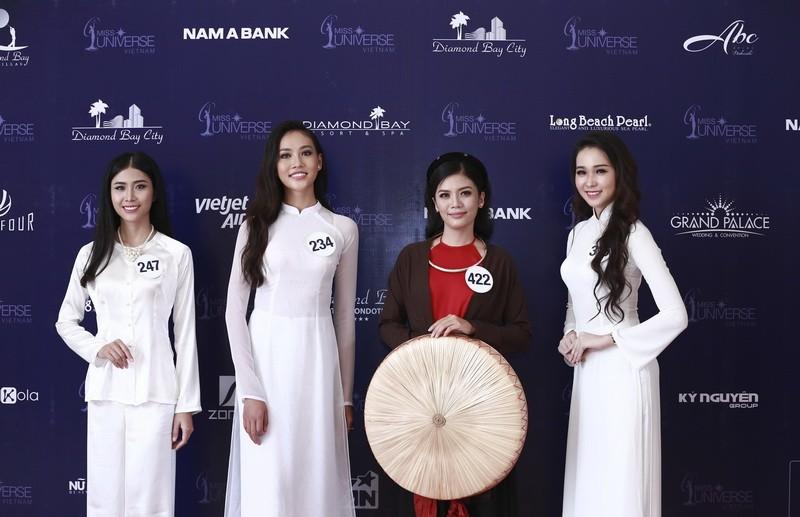Người đẹp nổi tiếng ồ ạt thi Hoa hậu Hoàn vũ VN - ảnh 3