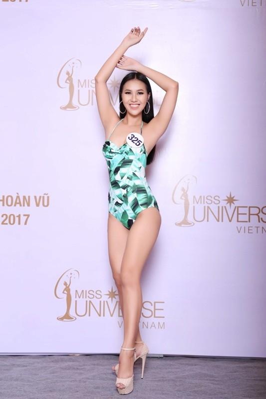 Thí sinh Hoa hậu Hoàn vũ VN khoe hình thể quyến rũ   - ảnh 19