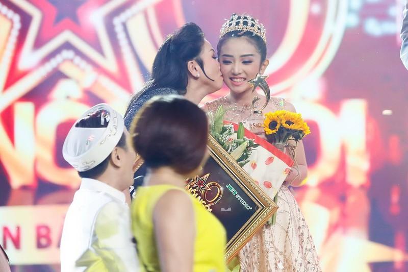 Cô bé hóa cáo làm khán giả bật khóc vì nhớ NS Khánh Nam - ảnh 6