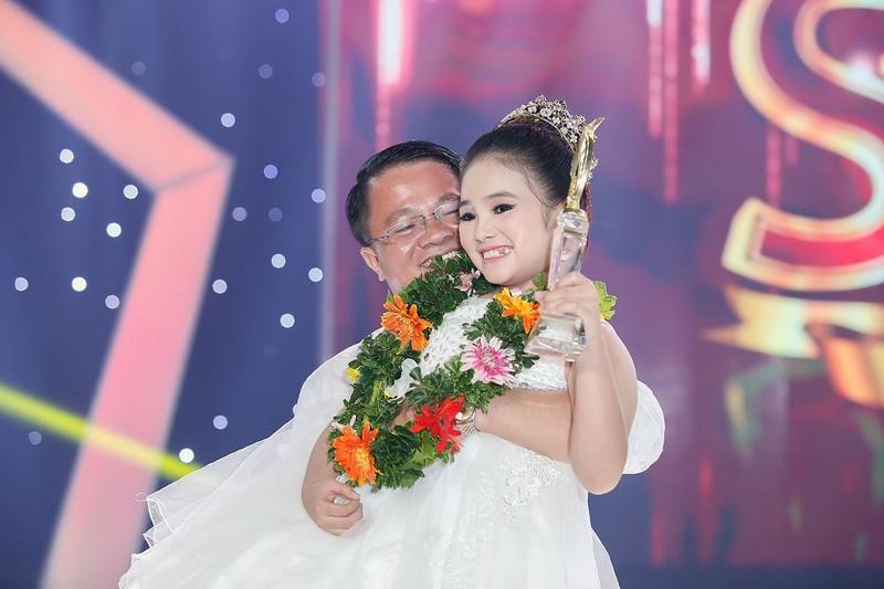 Cô bé hóa cáo làm khán giả bật khóc vì nhớ NS Khánh Nam - ảnh 3
