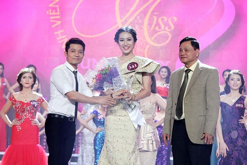 Đặng Mỹ Huyền đăng quang Hoa khôi Nữ sinh viên Việt Nam  - ảnh 4