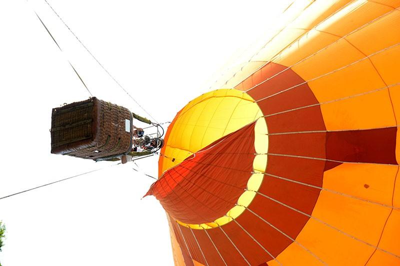 500 người bay cùng khinh khí cầu trong ngày Hữu nghị quốc tế  - ảnh 4