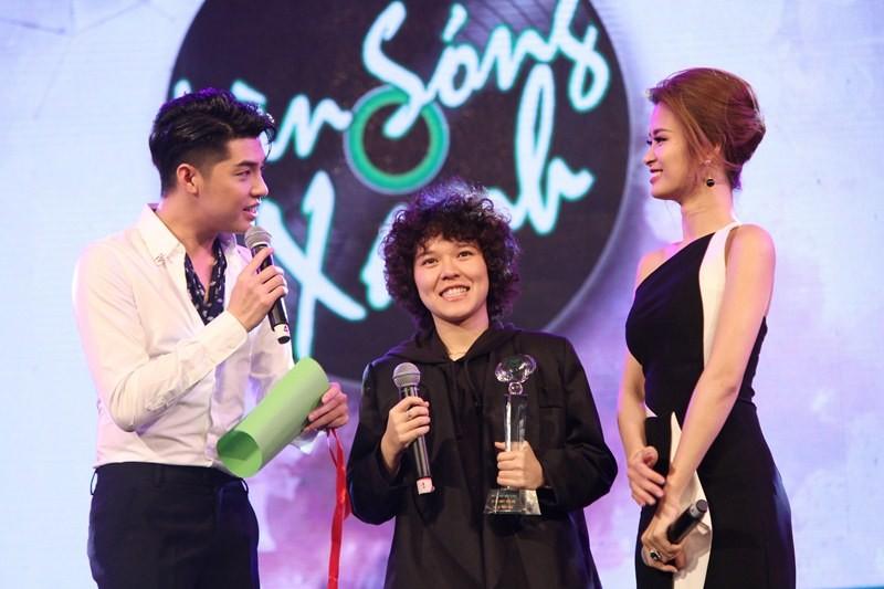 Sơn Tùng MTP và Tiên Tiên đại thắng 'Làn Sóng Xanh 2015' - ảnh 4