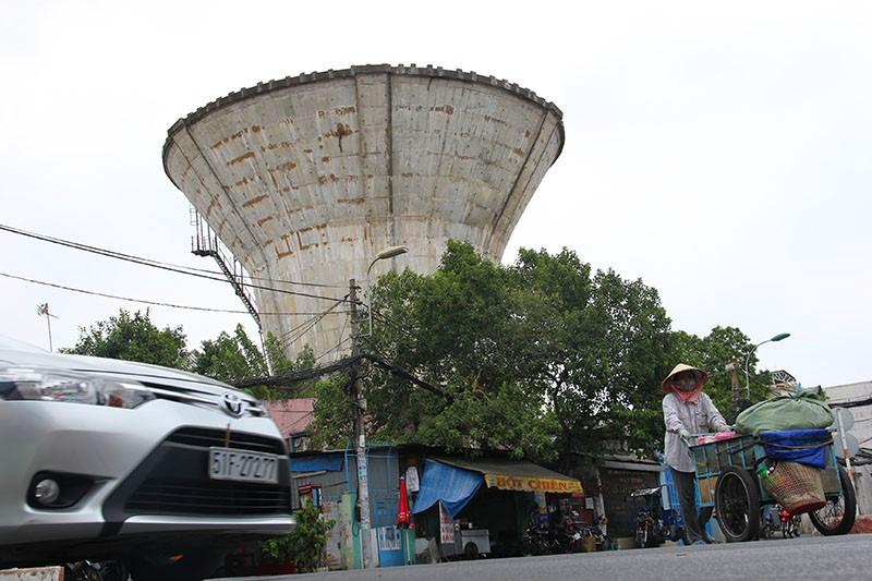 Cận cảnh Bảy thủy đài bỏ hoang sắp bị 'khai tử' tại TP.HCM - ảnh 5