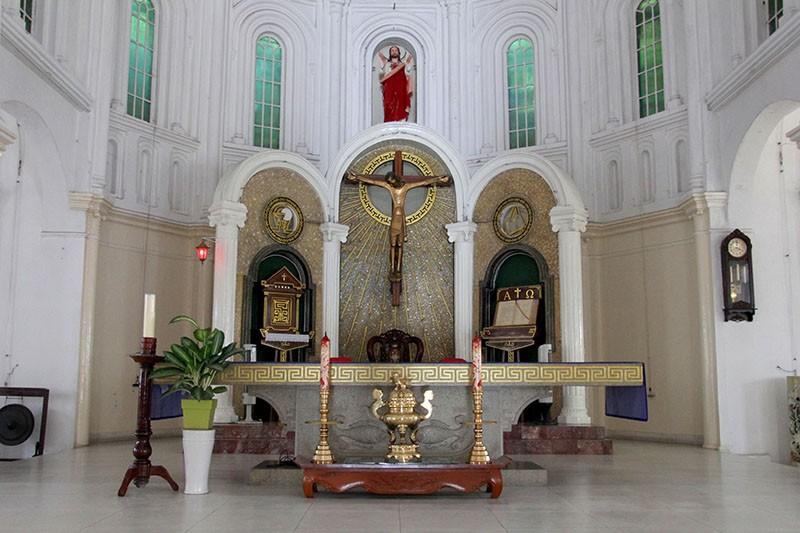 Cận cảnh nhà thờ Chợ Quán cổ nhất Sài Gòn - ảnh 9