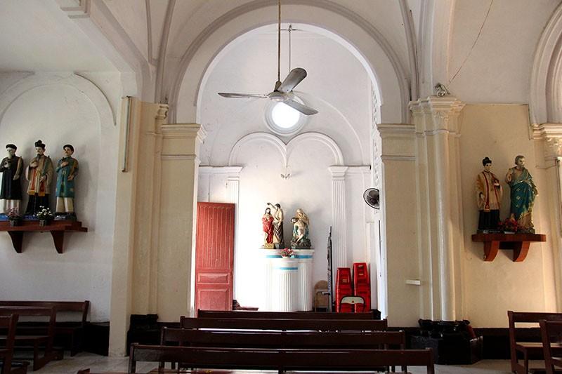Cận cảnh nhà thờ Chợ Quán cổ nhất Sài Gòn - ảnh 13