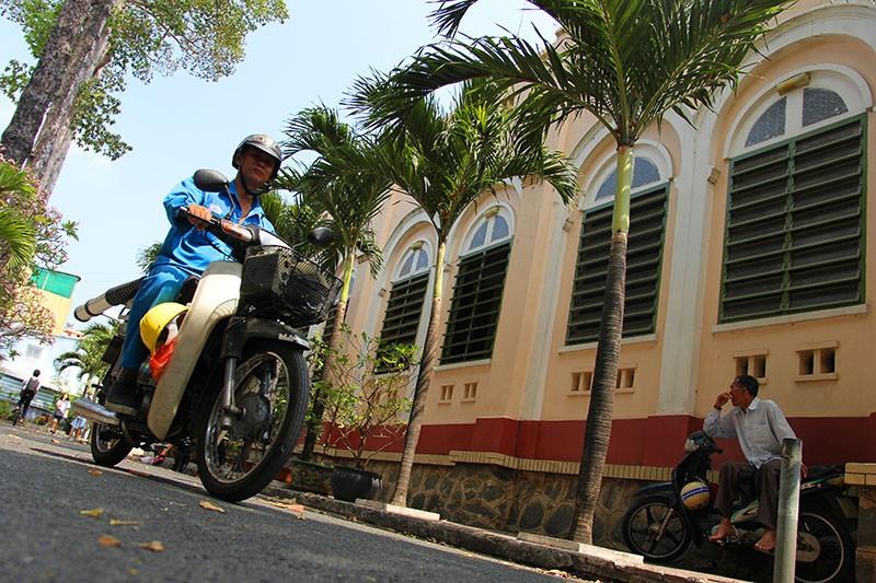 Cận cảnh nhà thờ Chợ Quán cổ nhất Sài Gòn - ảnh 4