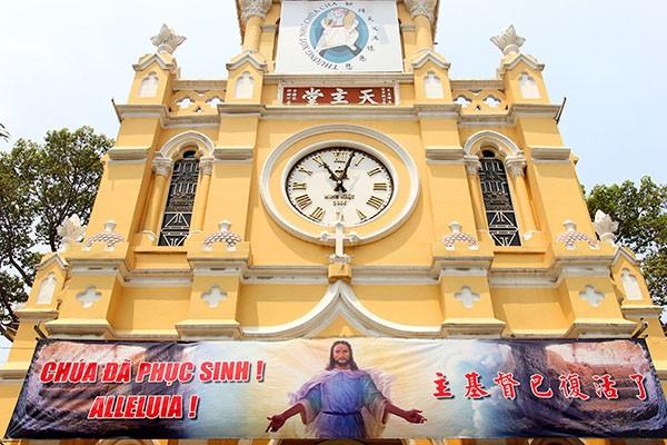 Khám phá nhà thờ trên 100 tuổi của người Hoa ở Sài Gòn - ảnh 3