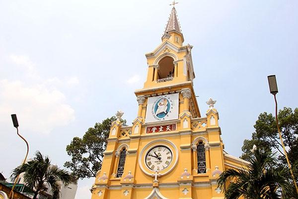 Khám phá nhà thờ trên 100 tuổi của người Hoa ở Sài Gòn - ảnh 2