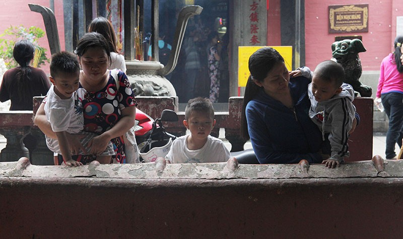 Cận cảnh ngôi chùa 100 tuổi sắp được Tổng thống Obama viếng thăm - ảnh 15