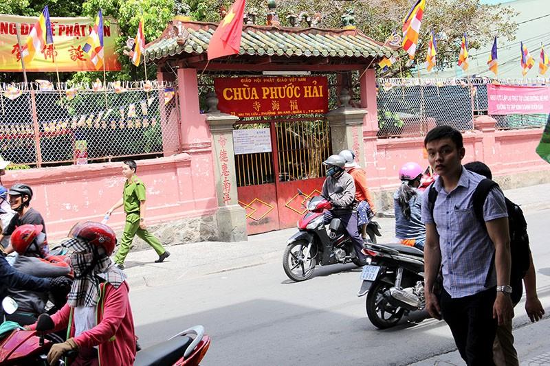 Người Sài Gòn đổ xô đi 'xem mặt' Tổng thống Obama - ảnh 1